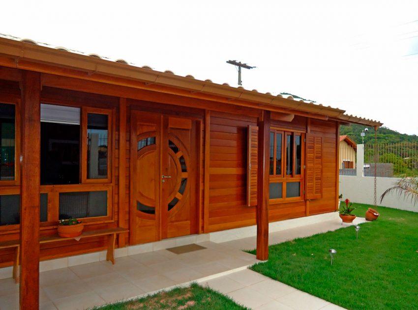 casas-de-madeira-124-84m2-vista-frontal